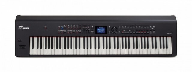 Roland RD800 is one of the best digital pianos for stage performers