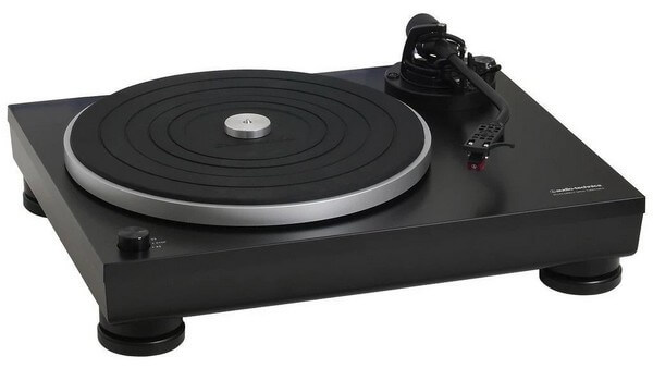 Audio Technica AT-LP15 is the best turntable for casual use