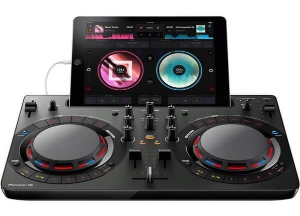Pioneer DDJ-WeGO4 is the best DJ controller under $300 for iPad users